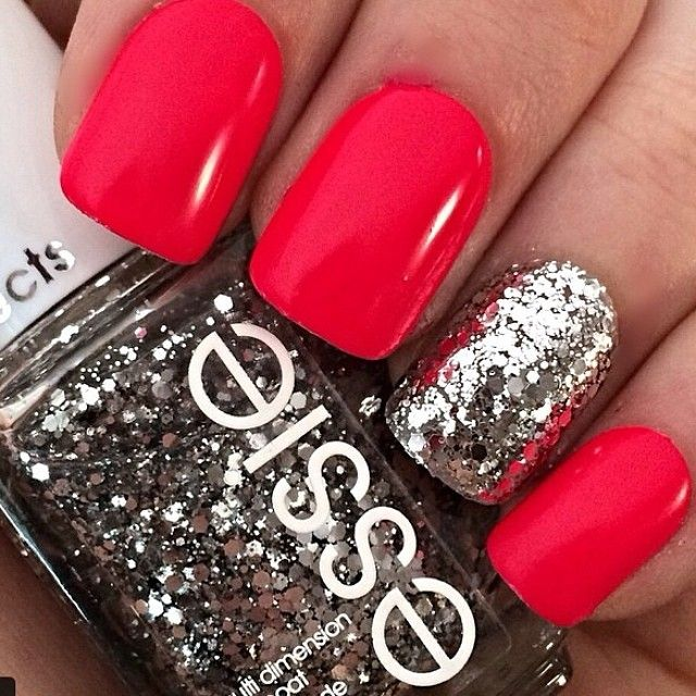 26 Red And Silver Glitter Nail Art Designs Ideas: Czerwona Sukienka – Kolor Paznokci?